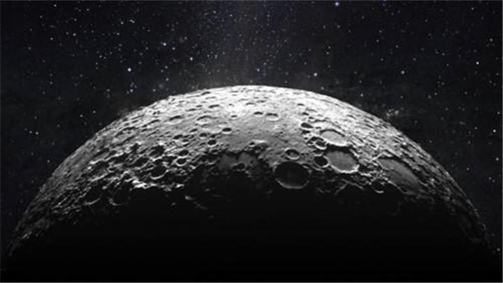 """印度""""月船2号""""拍下首张月球照片"""
