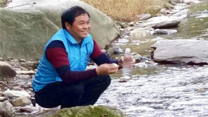 我家的相册⑥:民间河长的环保之路