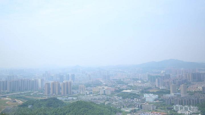 长沙发布重污染天气健康防护提示 重点人群应减少户外活动