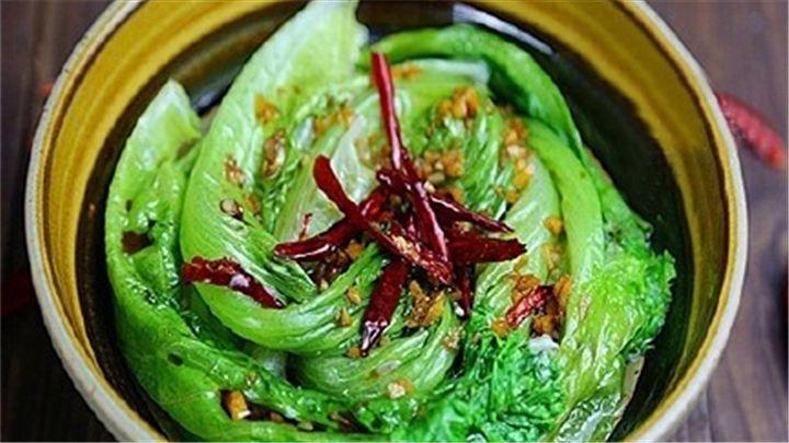 油淋生菜|一道非常脆嫩爽口的快手菜