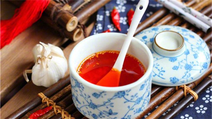 饭馆里的辣椒油为什么那么香?原来是放了它
