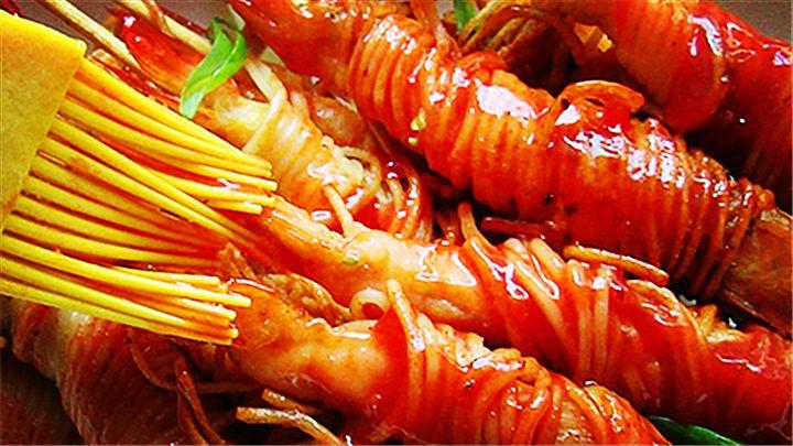 金丝虾串|虾仁卷面条,好吃又好看