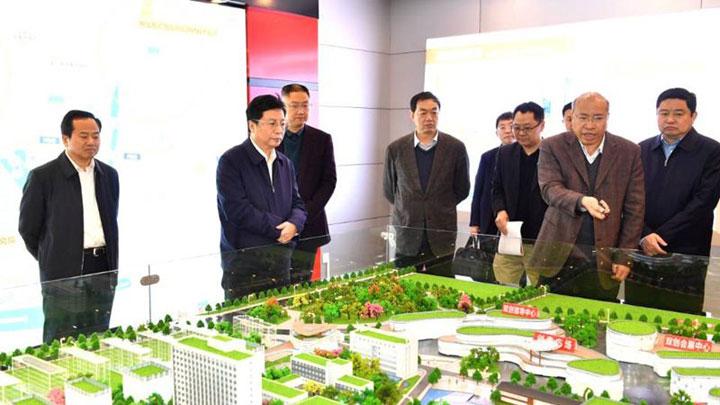 胡衡华调研长沙矿冶研究院:打造国际领先的新能源材料产业标杆型基地