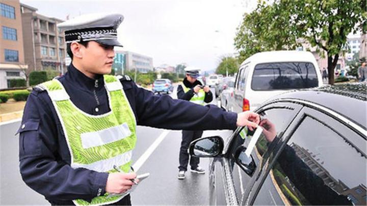长沙7万车辆未处理违法记录超24分 交警建议满分办结