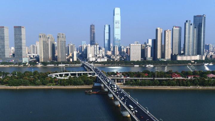 焕然一新!长沙橘子洲大桥提质改造工程今日完工