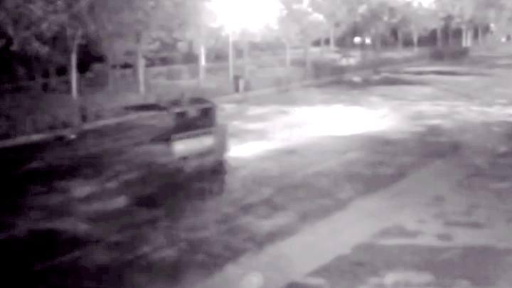 33小时追踪!男子驾无牌三轮车撞伤行人后逃逸 交警循迹擒获