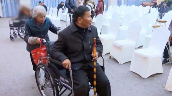 市残联为望城乔口镇残疾朋友免费发放辅助器具