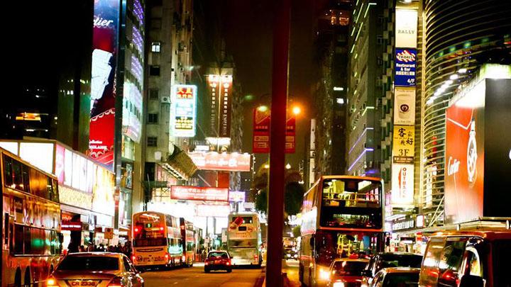 香港青衣30日发生严重车祸 造成5人死亡31人受伤