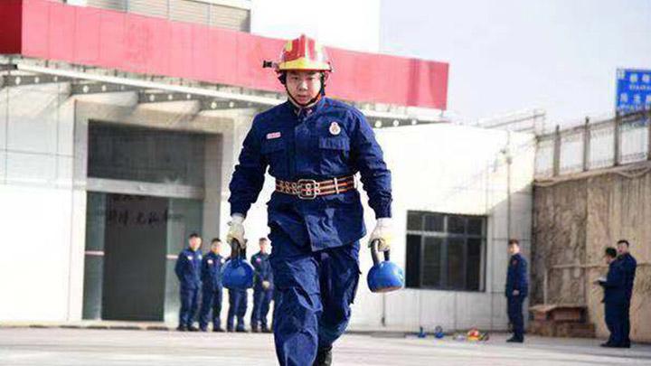 """一年出警943次 长沙高桥消防中队成全湖南""""最忙消防队"""""""