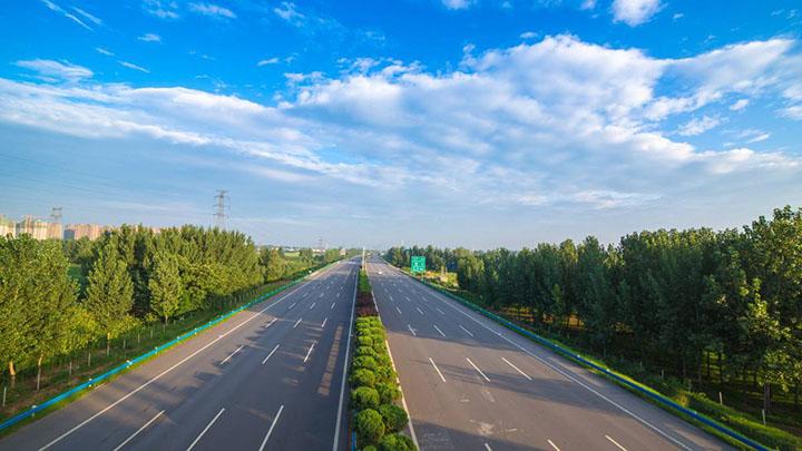 今天晚上24点以后,湖南高速开始进入免费时间!