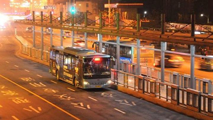 长沙龙骧巴士加密高铁站发车班次 方便旅客夜间出行