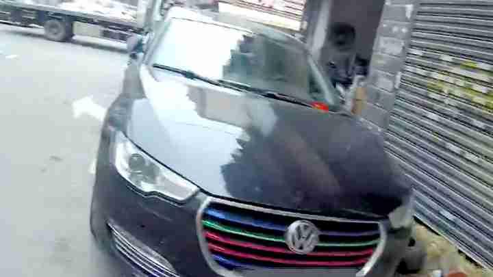 异地产生违法记录 交警一查套牌车辆车架号车标全是假冒