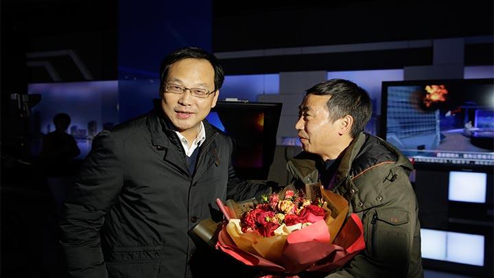 高山看望慰问长沙广电一线新闻工作者
