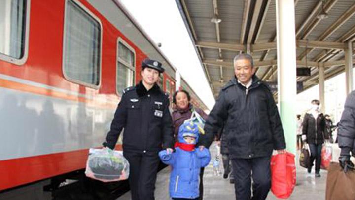 春节前铁路春运今日客流大幅回落 初六迎返程高峰