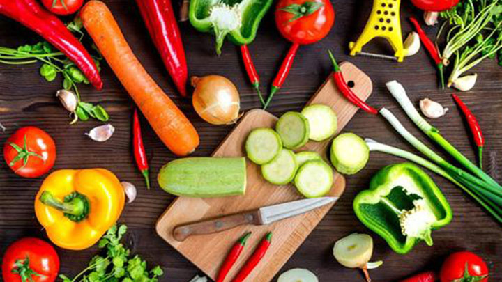 钙含量是牛奶的 3 倍!这些蔬菜的营养价值,远比你想象的高