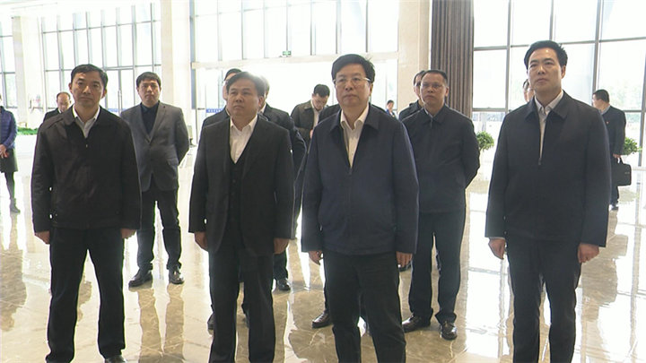 胡衡华到长沙县、长沙经开区调研经济社会发展情况