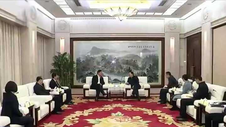 市领导会见广州无线电集团负责人一行