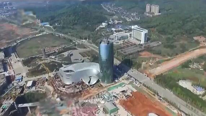 每天千人奋战 湘江欢乐城全力冲刺2019年开园目标