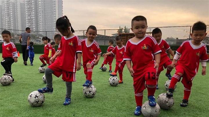 教育部办公厅印发通知  开展足球特色幼儿园试点工作