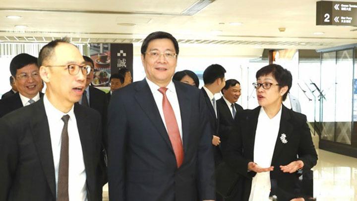 杜家毫考察走访招商局集团、华润集团、九龙仓集团等在港知名企业