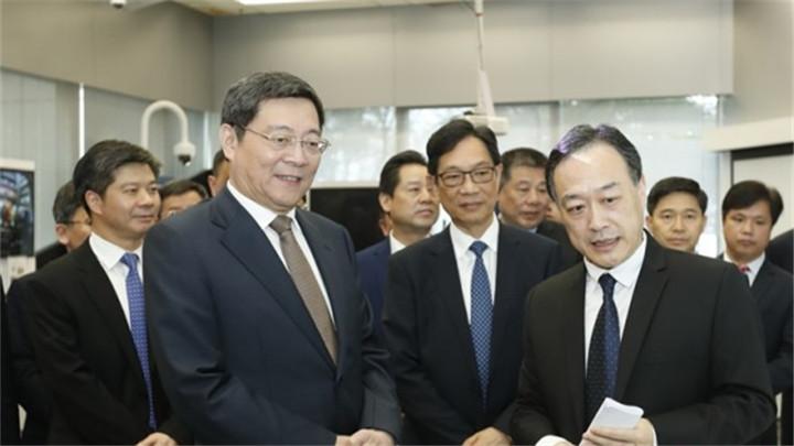 杜家毫率团考察香港知名大学、科技园区和科创企业