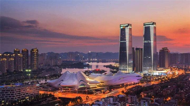 近20家湘企与金融机构签约 项目金额超400亿元