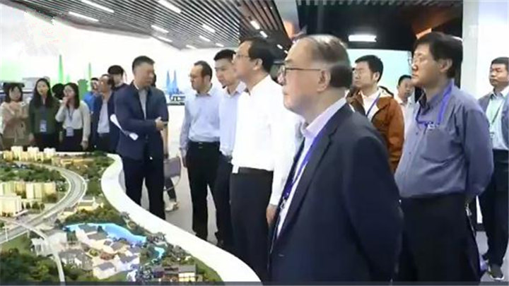 """集聚中国""""最强大脑""""助推长沙高质量发展:刘经南院士:长沙的互联网+智慧交通走在全国前列"""