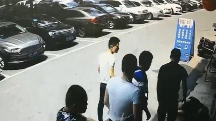 因停车收费产生纠纷,市场保安遭围殴!株洲中院:多人寻衅滋事获刑