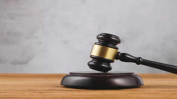 法院发生的一幕:收养31年突然要断绝关系!女儿:爸爸,发生什么事了?