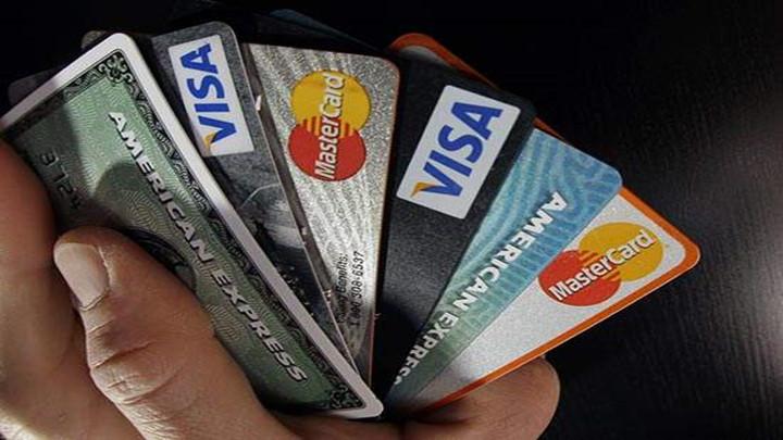 目瞪口呆!人在中国,信用卡却显示在巴黎坐出租车消费14万