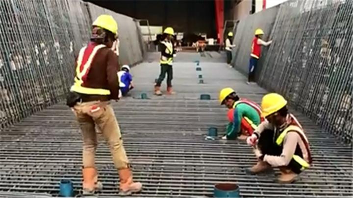 """中国高铁海外最大规模制梁场今日量产 将为印尼""""雅万高铁""""生产1017榀预应力混凝土箱梁"""
