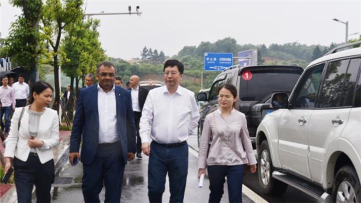 三菱客人走进国家智能网联汽车(长沙)测试区