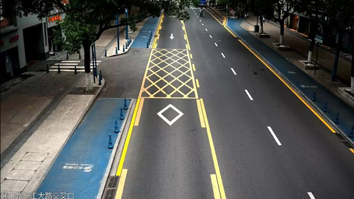 长沙麓山南路单行线实行半个多月,抓拍1.6万余起交通违法行为