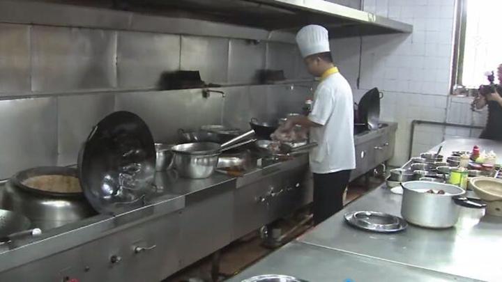 助力中非经贸博览会,湖南省市场监管局重点督查接待酒店的电梯及食品安全