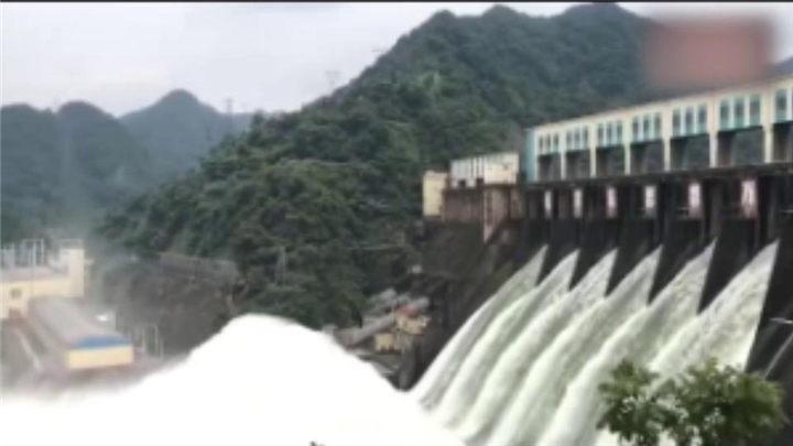 安化县:柘溪水库开闸增泄