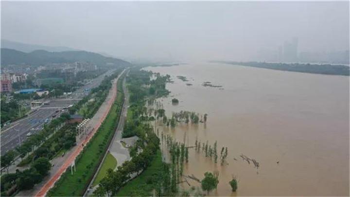 湘江湘潭水文站预计今日11时出现洪峰水位