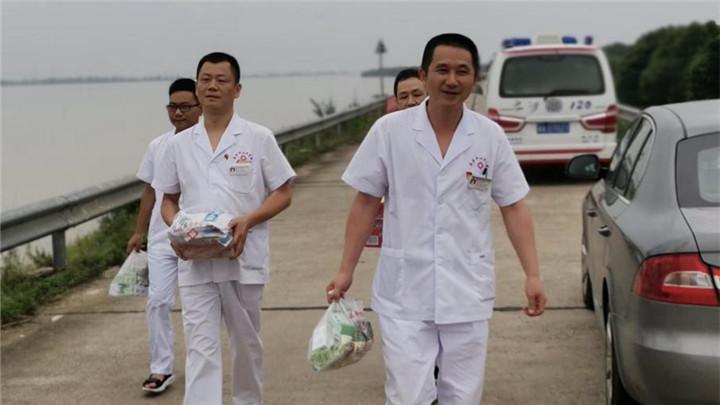 望城:防洪大堤上来了群美丽天使