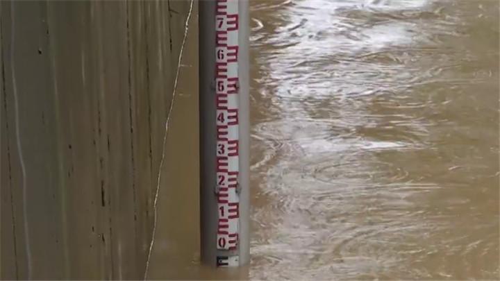 """强降雨在湖南上演""""车轮战"""",湘江长沙段预计明天退出警戒水位"""