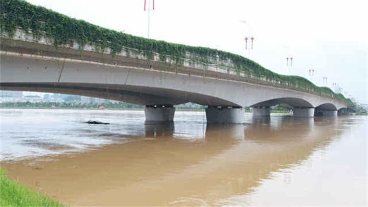 浏阳河水位回升,再超警戒水位