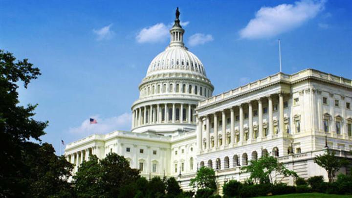 美国国会通过议案,限制特朗普对伊朗动武