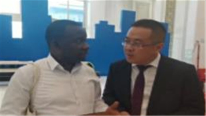 """中外记者看湖南 加蓬记者姆巴杜马:""""希望湖南的装备能够引进到加蓬"""""""