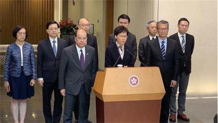 林郑月娥:一连串极端暴力事件将香港推向危险境地