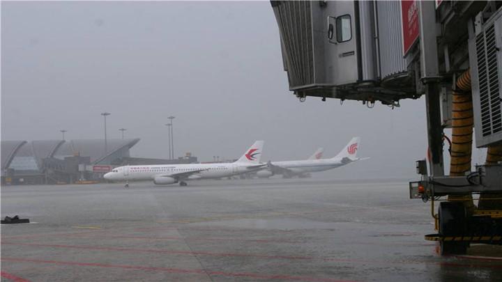 受降雪天气影响,全国八机场发布12月16日航延预警提示