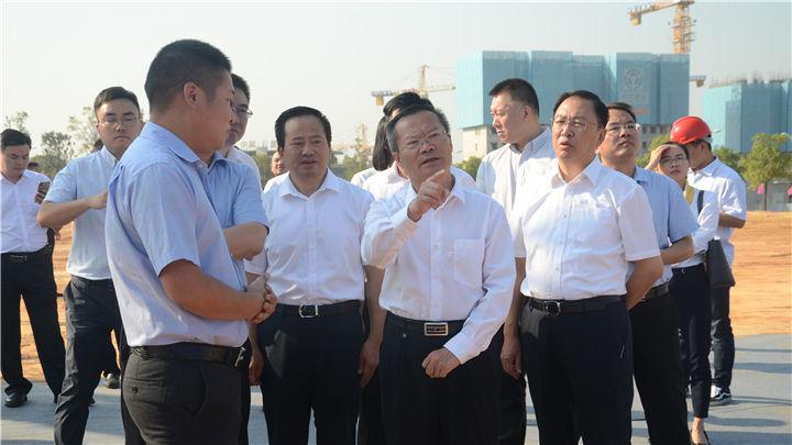 长沙高新区10大产业项目集中开工动员 胡忠雄宣布开工
