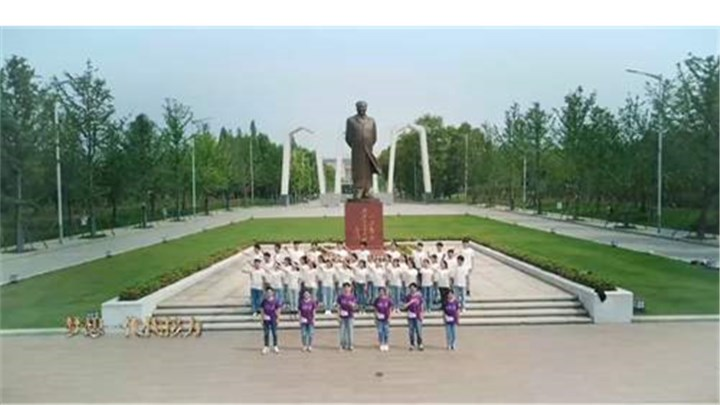55所高校拉歌礼赞新中国 视频播放量超过1300万