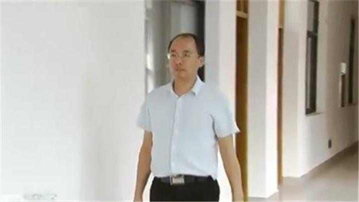 爱国情 奋斗者丨纪红建:在行走中思考 书写伟大的中国故事