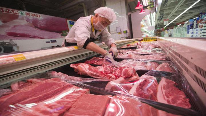 猪肉真降价了!有超市每斤直跌3元,销量开始回升